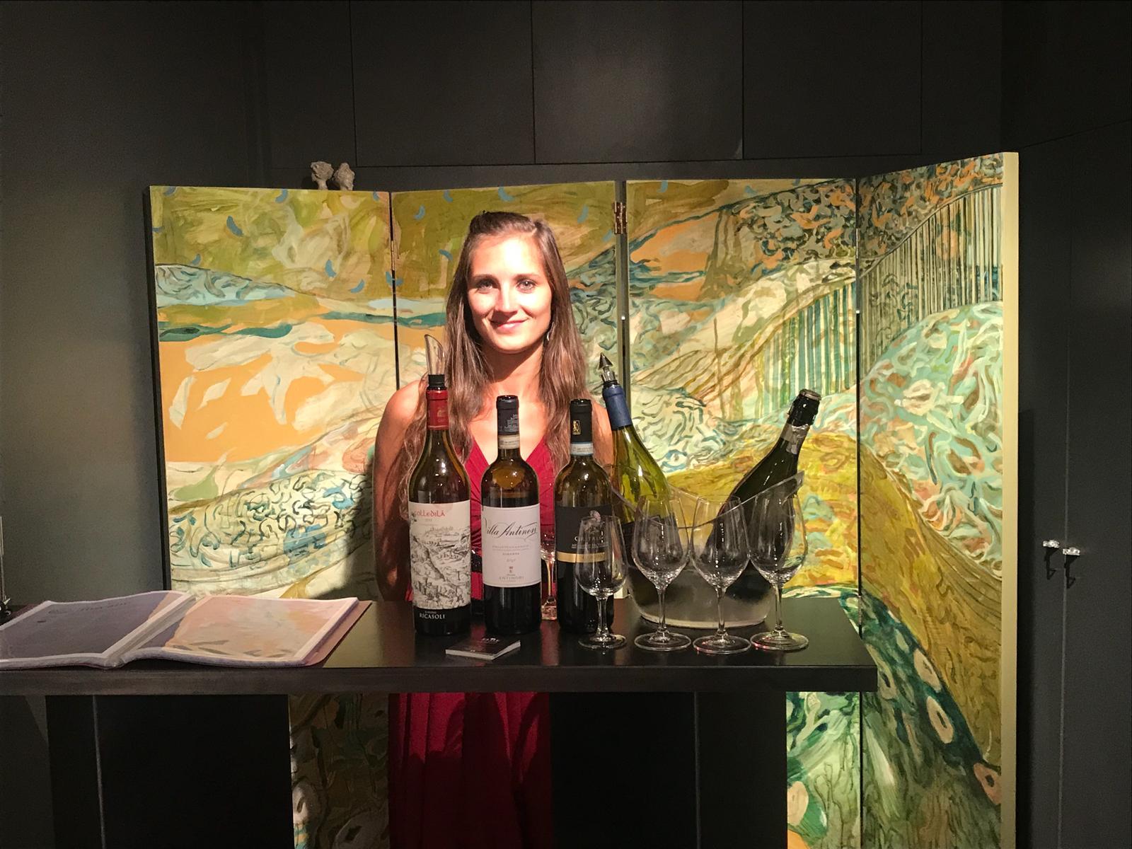 Elite wine tasting vernissage photo